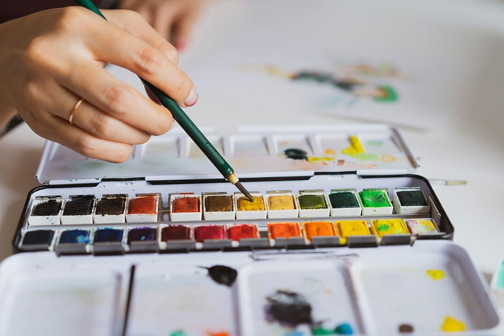 Learn how to paint in watercolors
