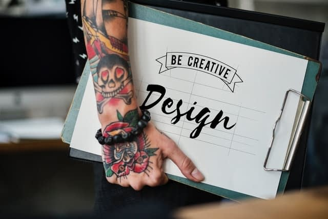 9 Tips to Follow When Boosting Your Confidence as a Graphic Designer